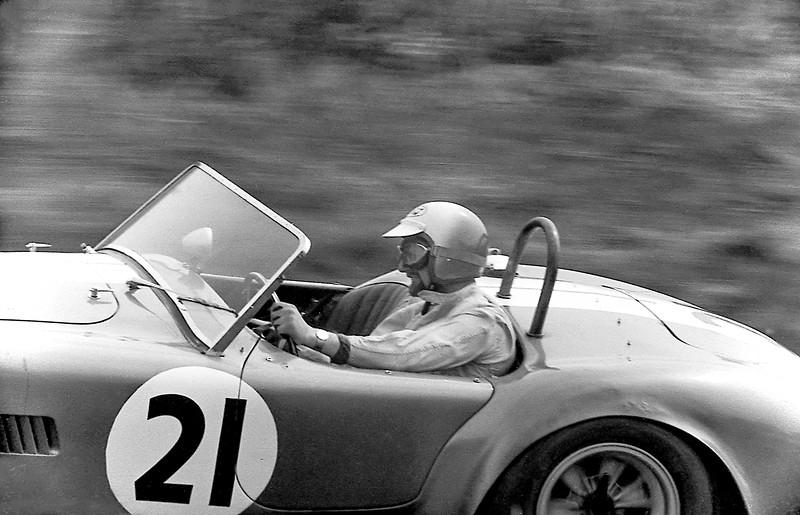 Sir John Whitmore, AC Cobra, Oulton Park 1964