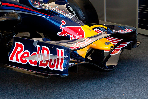 2006 - Red Bull-Cosworth STR1
