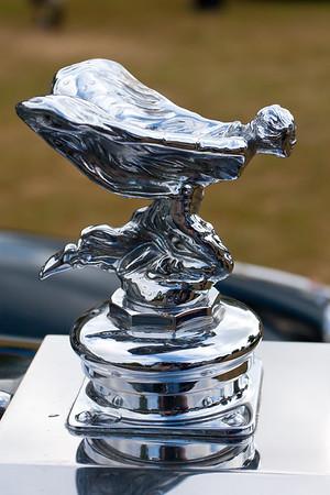 Rolls-Royce Kneeling Lady Mascot