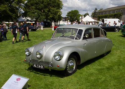 1937 - Tatra T77