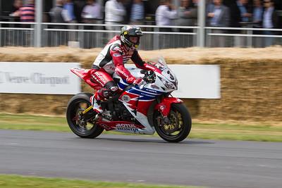 2013 - Honda CBR1000RR (John McGuinness)