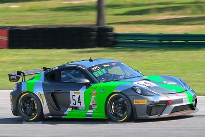 Porsche Cayman GT4 03