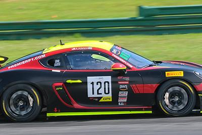 Porsche Cayman GT4 06