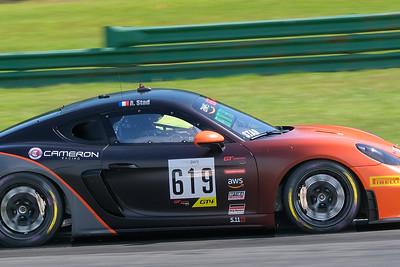 Porsche Cayman GT4 08