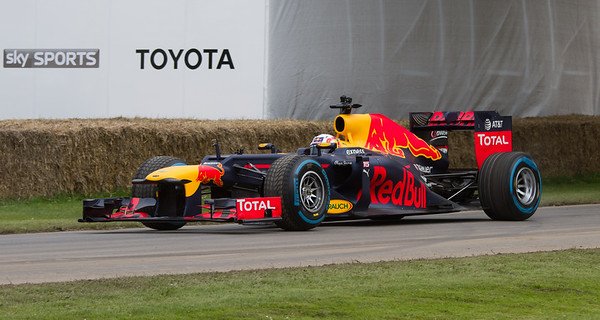 2012 - Red Bull-Renault RB8