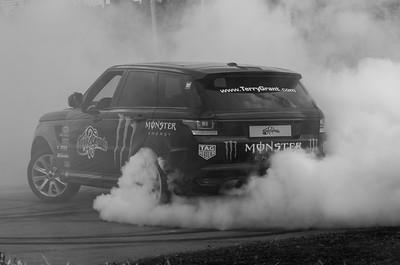 2017 - Range Rover SVR