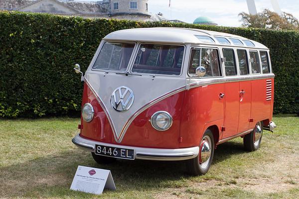 1956 - Volkswagen Type 2 Microbus Deluxe 'Simba'