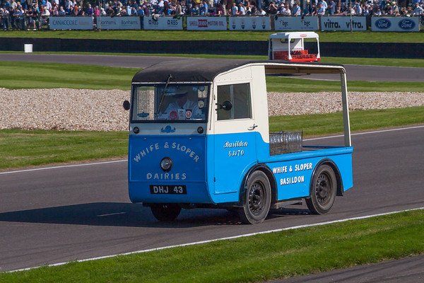1961 - Morrison Electric Milk Float