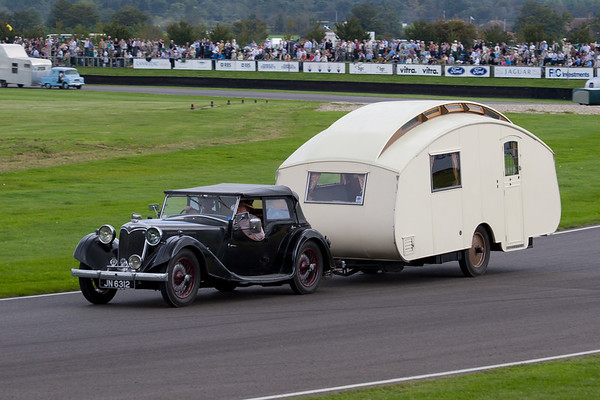 1935 - Riley Lynx Tourer Towing a 1936 - Winchester 16ft 3 Caravan