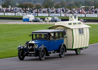 1928 Vauxhall 20/60 Towing a 1928 Angela Caravan