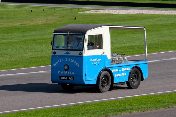 1961 - Morrison D4 Milk Float
