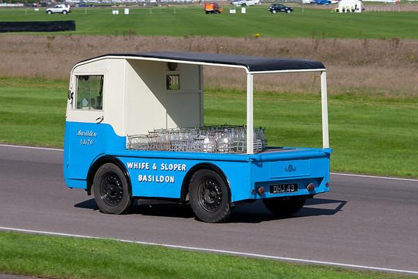 1961 - Morrison D4 Milk Float
