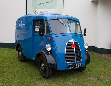 "1952 Morris J Type Van ""RAC Service Van"""