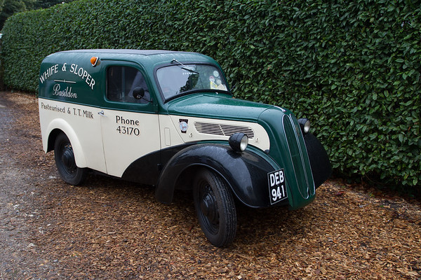 1953 Ford E494C Milk Van