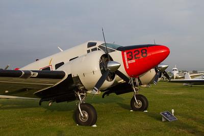 1957 - Beech E18S