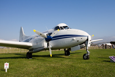 1960 - de Havilland DH104 Dove