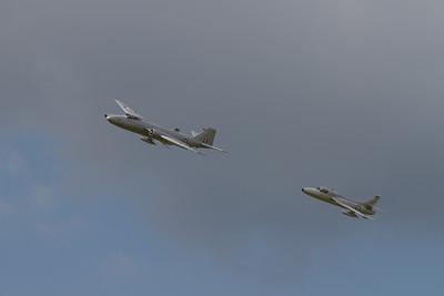 1959 - English Electric Canberra PR9 & 1958 - Hawker Hunter