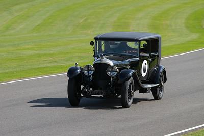1925 - Bentley Saloon