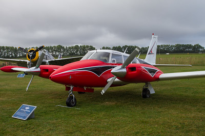 1966 - Piper Twin Comanche PA30
