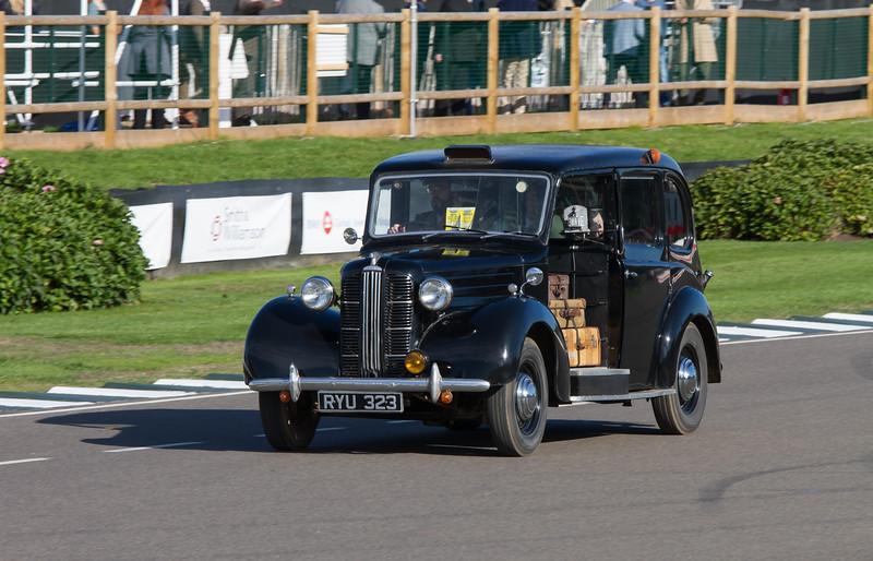 1955 - Austin FX3 Taxi