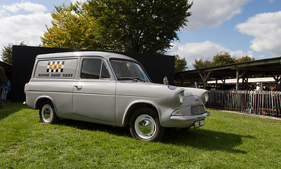 Ford Anglia 105E Van