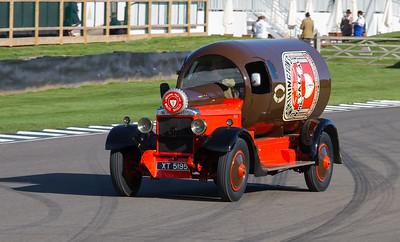 1924 - Daimler TL30 Bottle Lorry