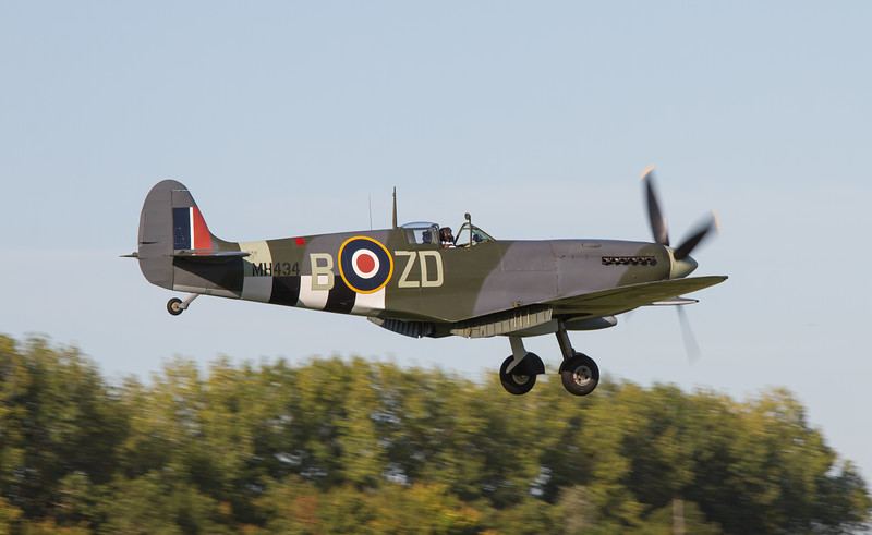 1943 Supermarine Spitfire Mk IX