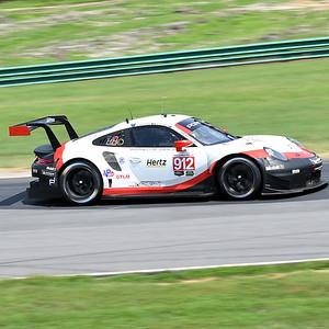Porsche 911 RSR 55