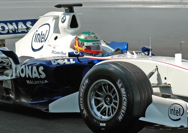 BMW F1 car 04
