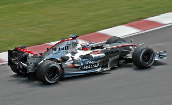 McLaren Montoya 02