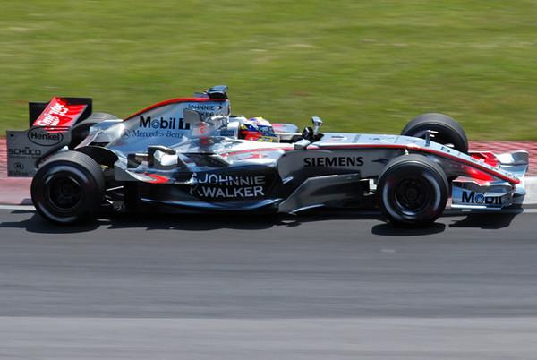 McLaren Montoya 03