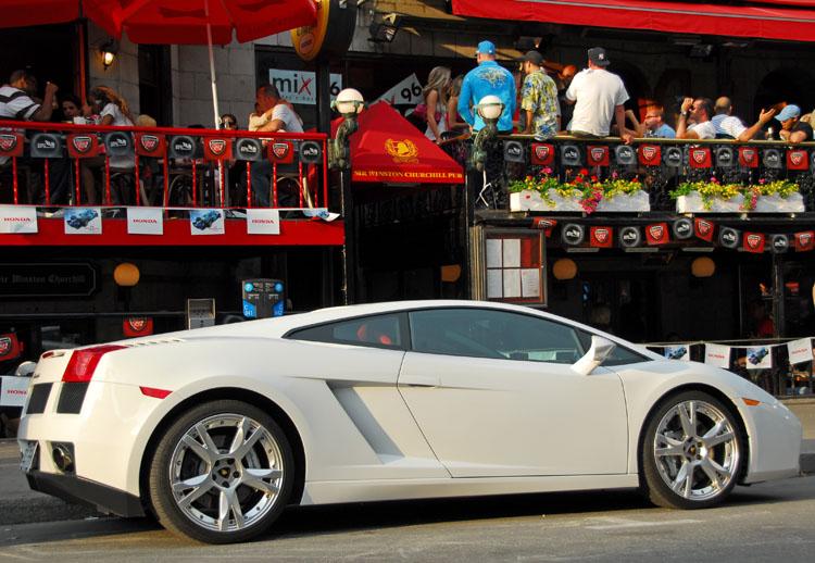 Crescent Street 06 Lamborghini Gallardo