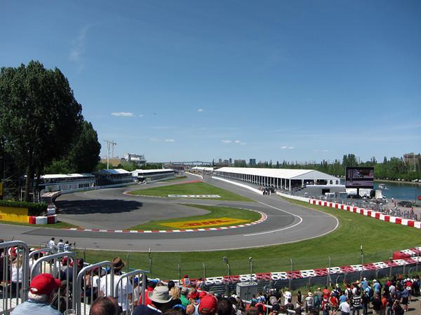 Grandstand 11 Senna curve