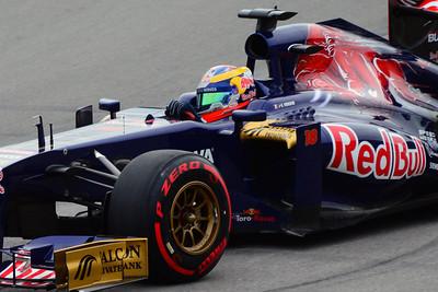 Toro Rosso Jean-Eric Vergne 01