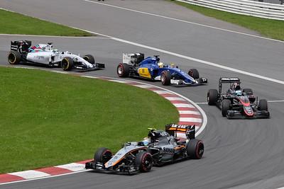 Four cars Senna corner