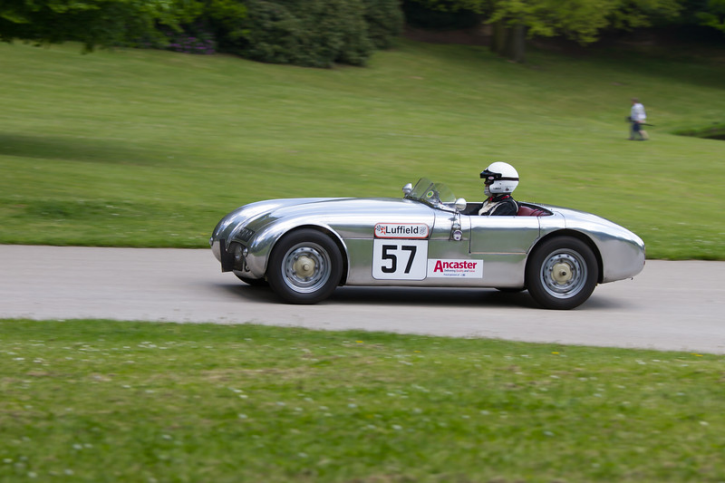 1953 - Lotus MG Mk6  (Monday)