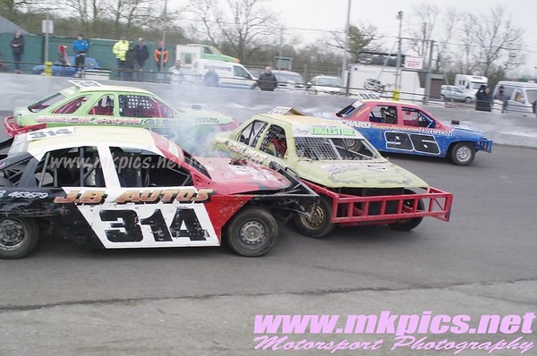 Saloon Stock Cars, Northampton, 29 March 2013