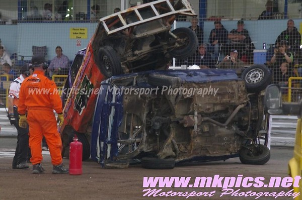 2L Saloon Stock Cars. Ipswich spedeweekend, 5 & 6 July 2014