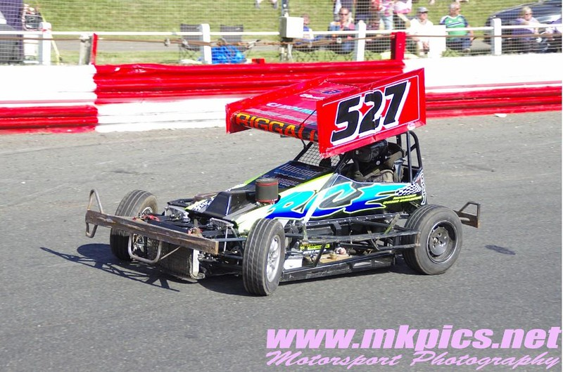 16 08 06 Hed F2 003