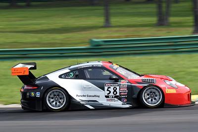 Porsche 911 GT 3 R 02