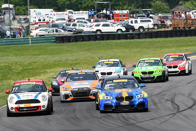 PWC touring car race