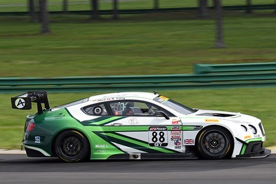 Bentley Continental GT3 02
