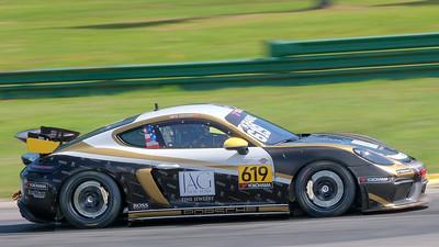 Porsche GT4 Sprint 01