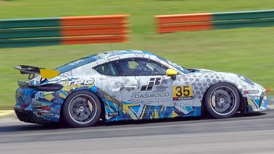 Porsche GT4 Sprint 03