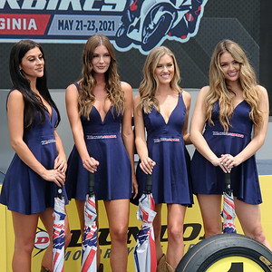 Superbike Umbrella Girls
