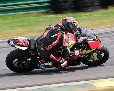 MotoAmerica Superbikes 11
