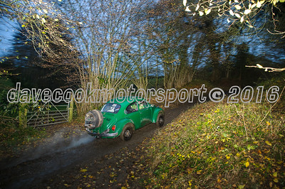 D30_8459 -  No. 62, Craig Allen and Giles Greenslade:  Class 4 VW Beetle, 1st in Class 4