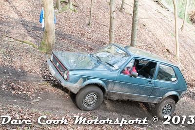 D30_2901 - No. 4, David  HAZELDEN / Jack  SELWOOD,: VW  Golf - Section 8 Far Bank