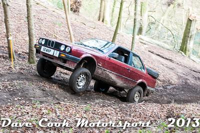 D30_2909 - No. 7, Matt  FACEY / Hollie  WOOD: BMW  316 - 1st Class 3 - Section 8 Far Bank