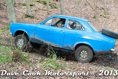 D30_2925 - No. 11, Charles  HAYWARD / Charlie  SMITH: Ford  Escort - Section 8 Far Bank